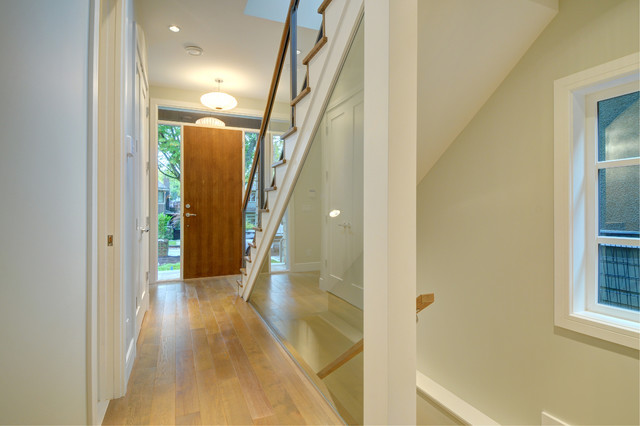 Point Grey modern-entry