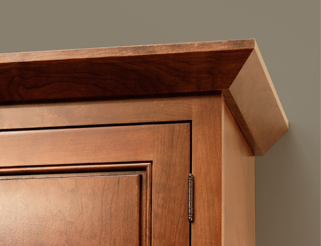Angle Crown Molding | CliqStudios.com traditional kitchen cabinets