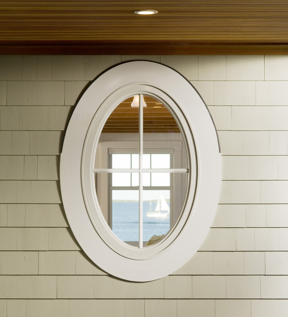 Oval window traditional-exterior