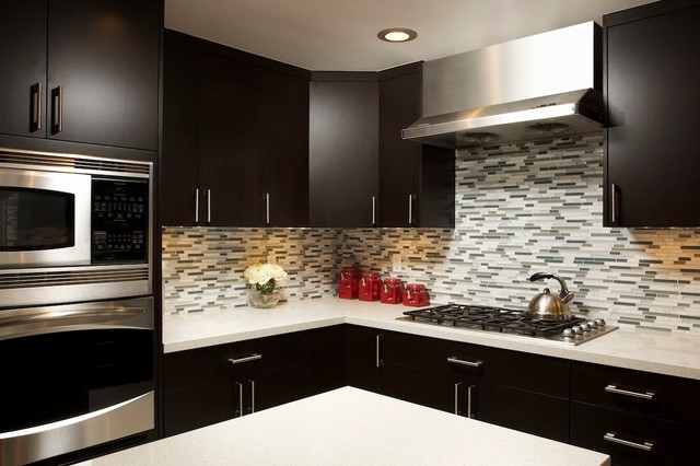 Southern California Homes contemporary-kitchen