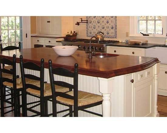 Mahogany Wood Kitchen Countertop and Bar with Sink.jpg - http://www.glumber.com/