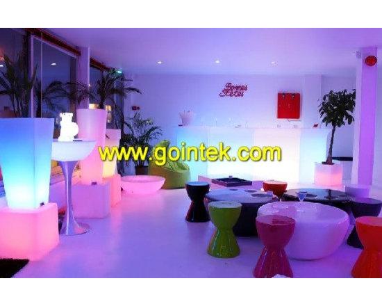 led cube stool for bar sit -