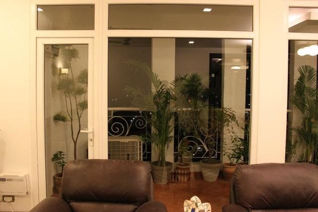 penthouse ggn modern