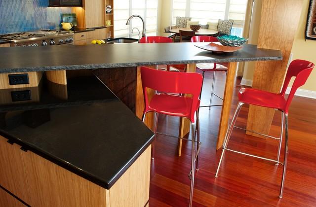 Collegeville contemporary-kitchen