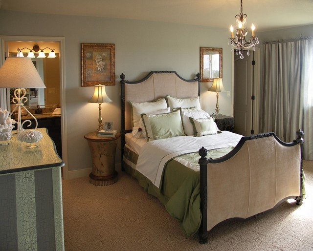 Corpus Christi Waterfront Vacation Home contemporary-bedroom