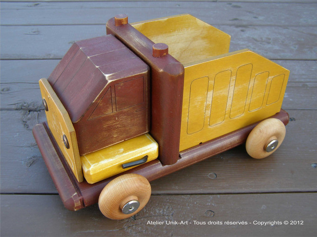 Dismantled wooden truck kids-toys