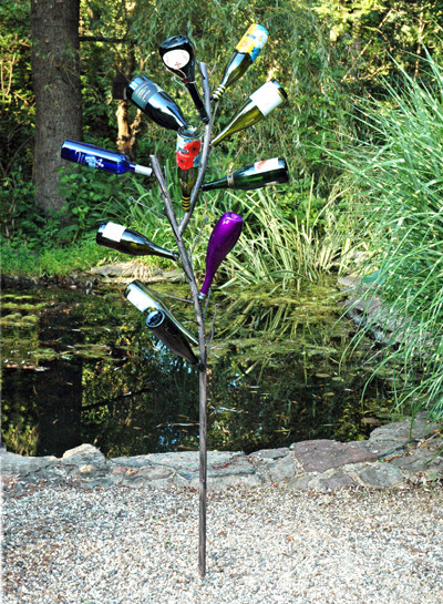 Bottle Tree contemporary-garden-statues-and-yard-art