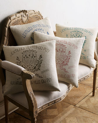 French laundry home bird bed linens 20sq crest pillow for Crest home designs bedding