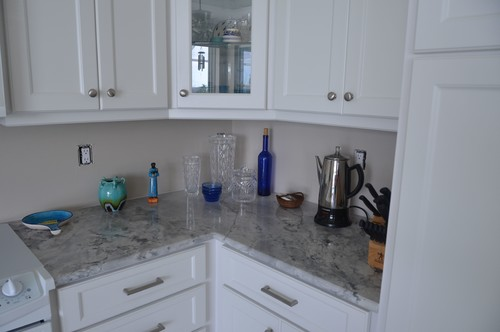 Backsplash large glass tiles back painted or colored for Back painted glass tile