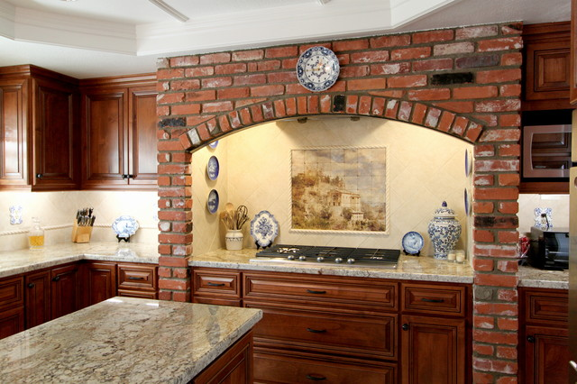 Cabinet Refacing - Mission Viejo traditional-kitchen