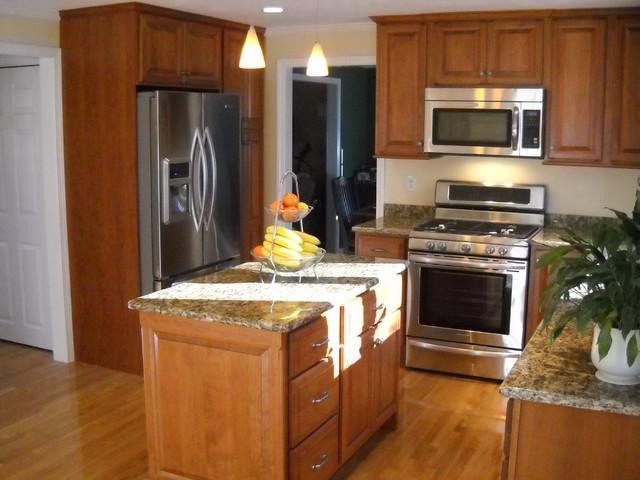 Kitchen kitchen-cabinetry