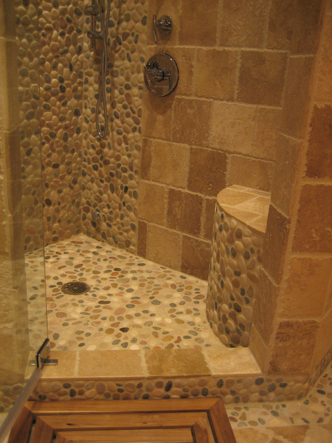 Island stone pebble bathroom design rustic wall and for Rustic tile bathroom ideas