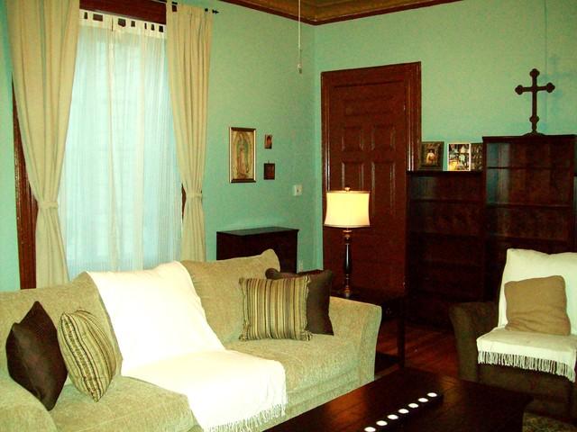 Comfortable Contemporary Livingroom contemporary-living-room