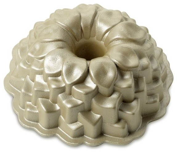 Blossom Bundt Pan - Traditional - Cake Pans - by Williams-Sonoma