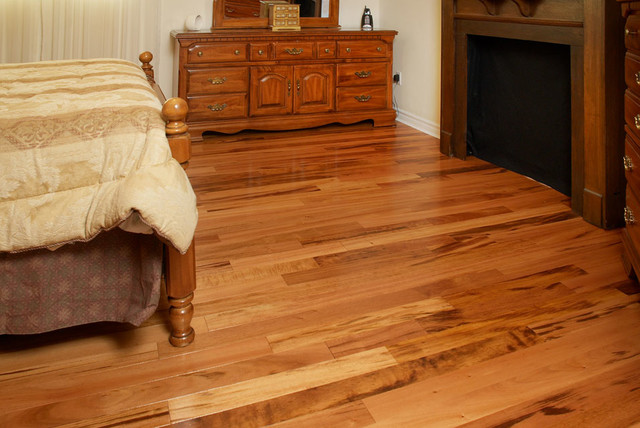 Exotic and Cozy hardwood-flooring