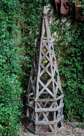 Wood Lattice Structure traditional garden sculptures