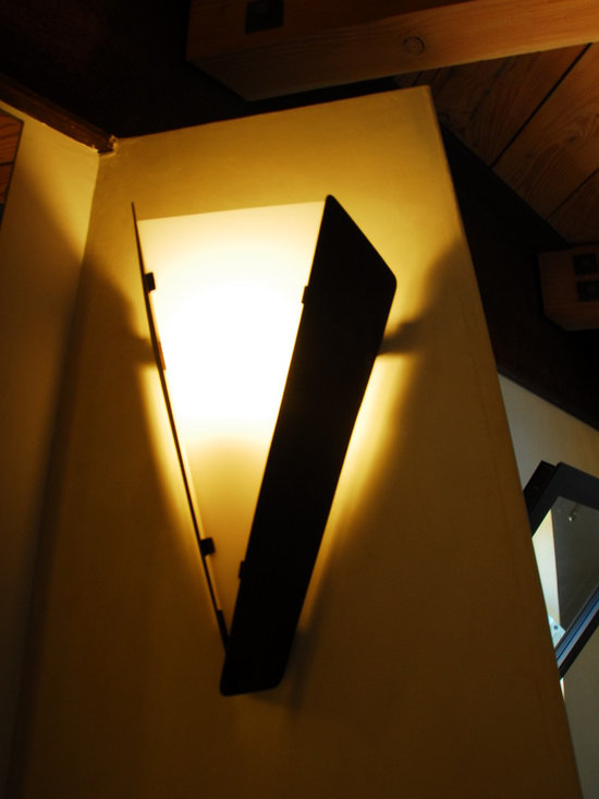Lyster residence - Laguna Beach CA - steel and glass sconce lighting