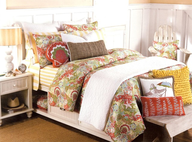 Style Happy Beach Quilt Set - tropical - bedding -