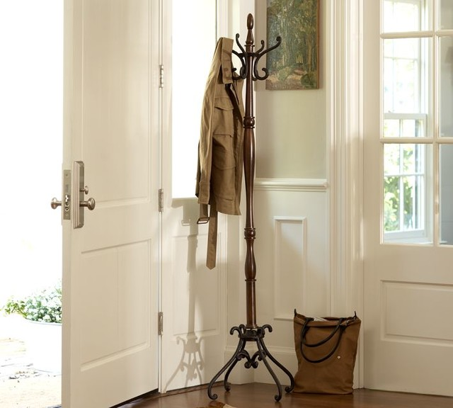Traditional Umbrella Stand: Coatracks And Umbrella