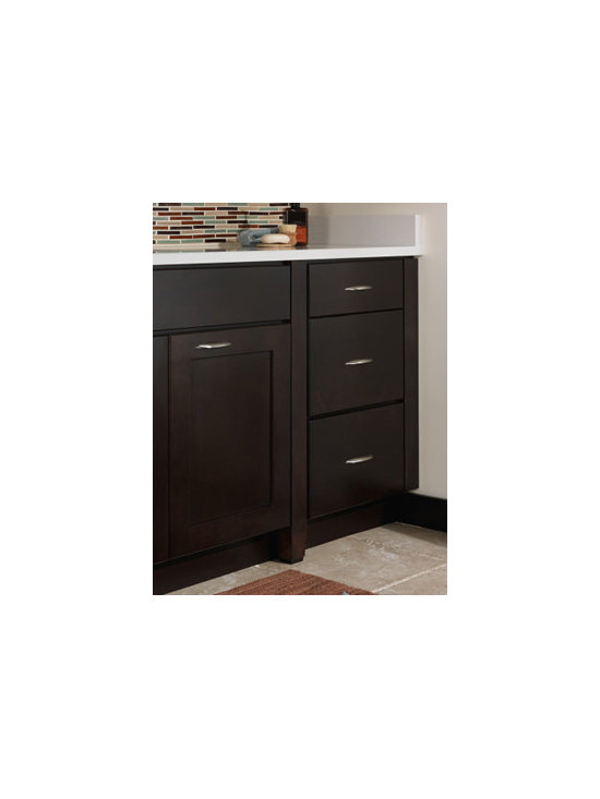 Decorative Leg - This tapered leg adds a personal and distinctive touch to base cabinets, giving them the look of free-standing furniture.