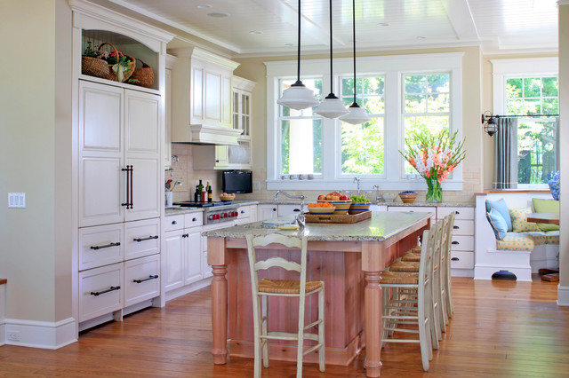 Shingle Style Cottage on Lake Michigan traditional-kitchen