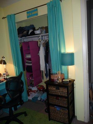 College Apartment contemporary-kids