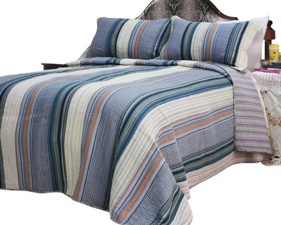 Blancho Bedding - [Adonis] 100% Cotton 3PC Vermicelli-Quilted Striped Patchwork Quilt Set (King) - Set includes a quilt and two quilted shams (one in twin set). Shell and fill are 100% cotton. For convenience, all bedding components are machine washable on cold in the gentle cycle and can be dried on low heat and will last you years. Intricate vermicelli quilting provides a rich surface texture. This vermicelli-quilted quilt set will refresh your bedroom decor instantly, create a cozy and inviting atmosphere and is sure to transform the look of your bedroom or guest room. Please note that reverse quilt patterns may vary due to different batch production.