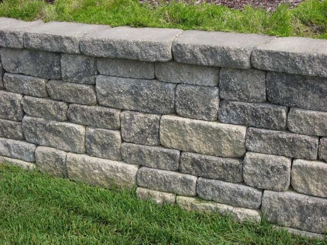 Landscaping With Stone Blocks : Midwest block segmental retaining walls traditional
