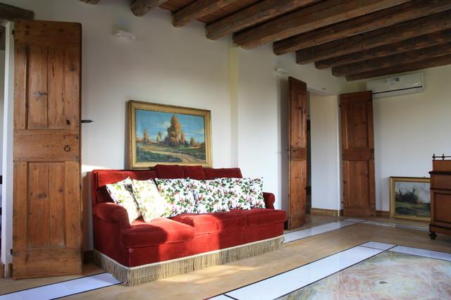 SHOWROOM - I MARMI RITROVATI mediterranean-flooring