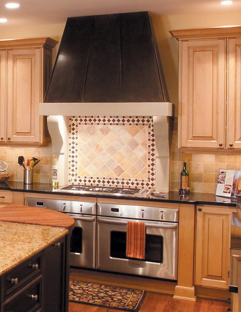 Image gallery kitchen stove vent for Vent hoods for kitchens