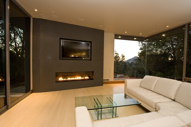 Modern Contemporary Fireplace with TV 640 x 426