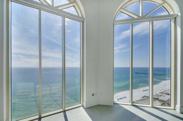 Beach Club Penthouse contemporary