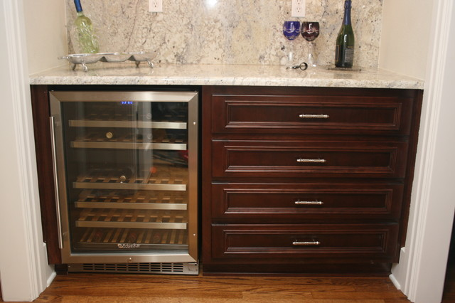 Wine cooler in butler's pantry with Bianco Romano granite eclectic