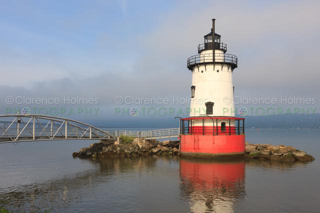 Tarrytown Lighthouse III contemporary-artwork