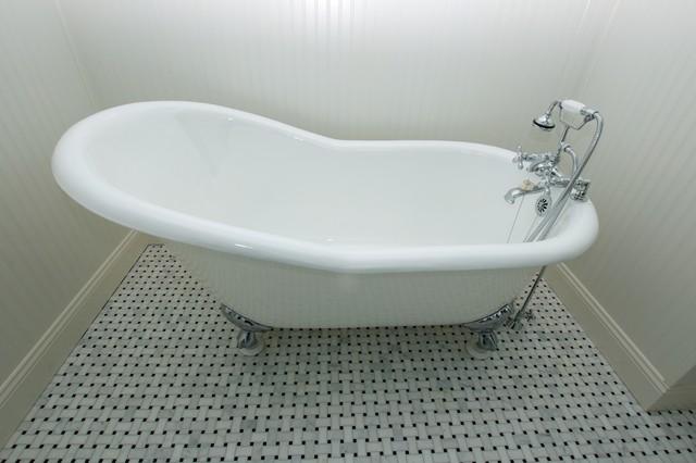 Keast traditional-bathroom