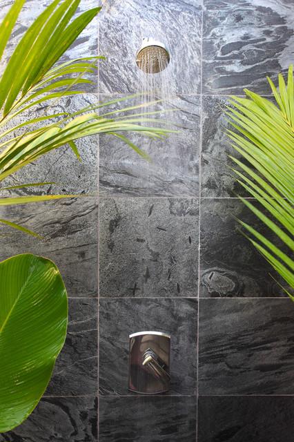 Island Stone SIlver Quartzitic Slate Bath with Plank Interlock modern-tile