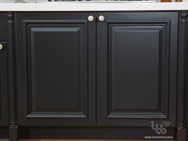 black kitchen,black kitchen cabinets,kitchen cabinetry,kitchen modern-kitchen-cabinets