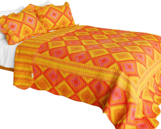 Blancho Bedding - [Burning Flame] 3PC Vermicelli-Quilted Striped Patchwork Quilt Set (Full/Queen) - Set includes a quilt and two quilted shams (one in twin set). Shell and fill are 100% cotton. For convenience, all bedding components are machine washable on cold in the gentle cycle and can be dried on low heat and will last you years. Intricate vermicelli quilting provides a rich surface texture. This vermicelli-quilted quilt set will refresh your bedroom decor instantly, create a cozy and inviting atmosphere and is sure to transform the look of your bedroom or guest room. Dimensions: Full/Queen quilt: 90 inches x 98 inches  Standard sham: 20 inches x 26 inches.