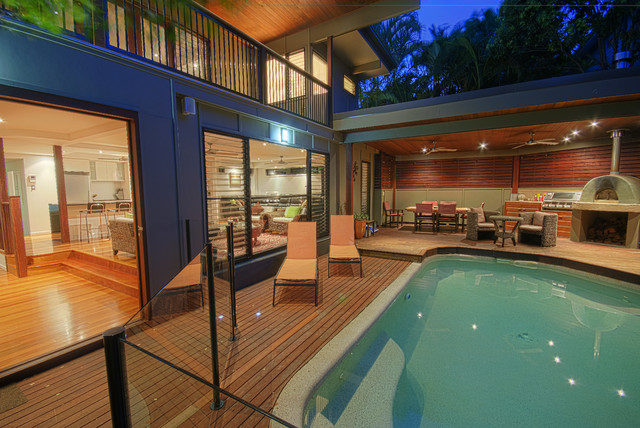 S+R Home contemporary-pool