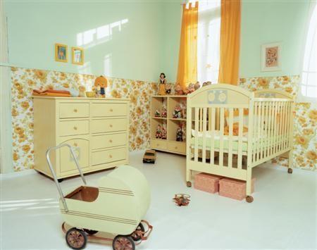 Os papeis de parede em decorações de quartos de bebes são praticamente obrigatorios