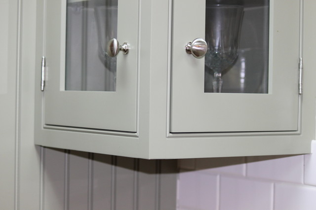 A Direct Showroom traditional-kitchen