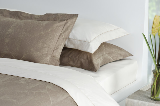 Grandis Duvet Cover Sets contemporary-duvet-covers-and-duvet-sets