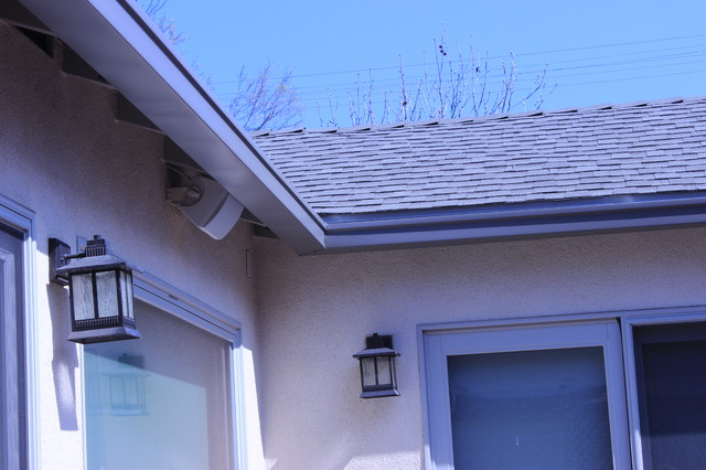 Box Style 6 Inch Seamless Gutters In Culver City