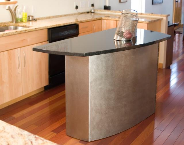 Girardini Design Modern kitchen-islands-and-kitchen-carts
