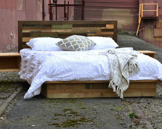 Reclaimed Wood Custom Bed - Madera