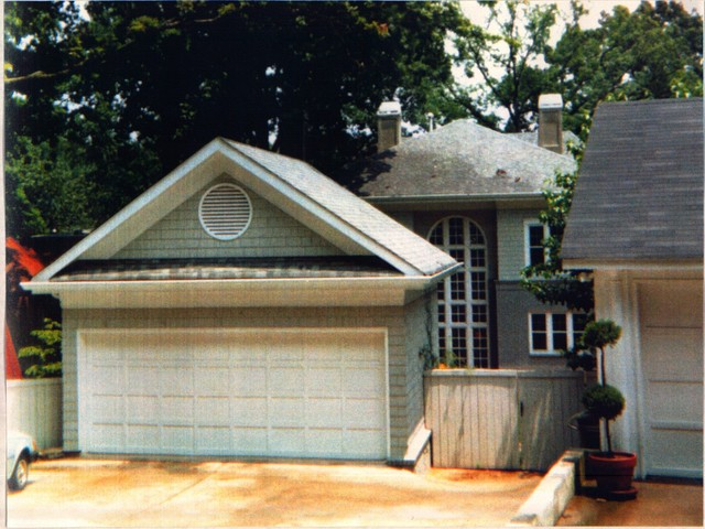 Exterior view of the separate garage traditional for Separate garage