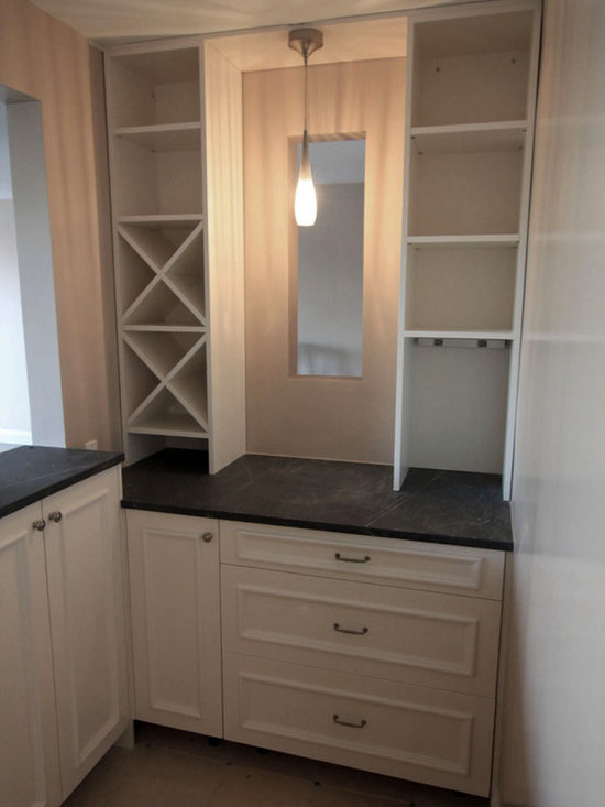 Cavallo Residence - Kitchen Cabinets - Whine Storage
