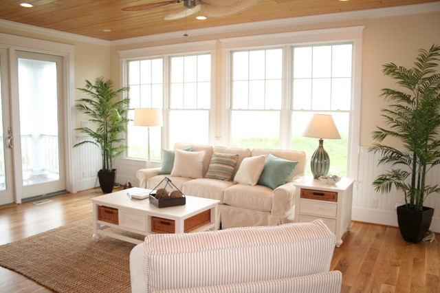 14 Southridge Road, Wrightsville Beach, North Carolina tropical family room