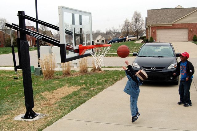 Pro Dunk Silver Basketball System Traditional Outdoor