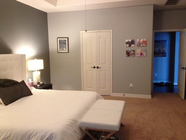Master Bedroom - dress up window space
